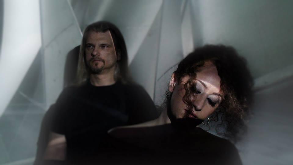 Tworząc muzykę, staramy się być wierni sobie – wywiad z Agnieszką Kornet i Krzysztofem Pieczarką, czyli duetem God's Bow