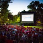 Kino letnie w Ogrodach BUW