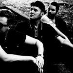 Piszę piosenki z perspektywy outsidera – wywiad z Lesławem, liderem zespołu Komety