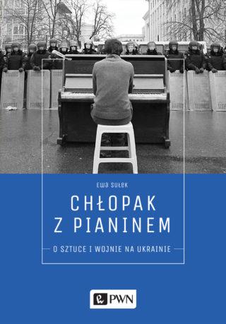 Chłopak z pianinem